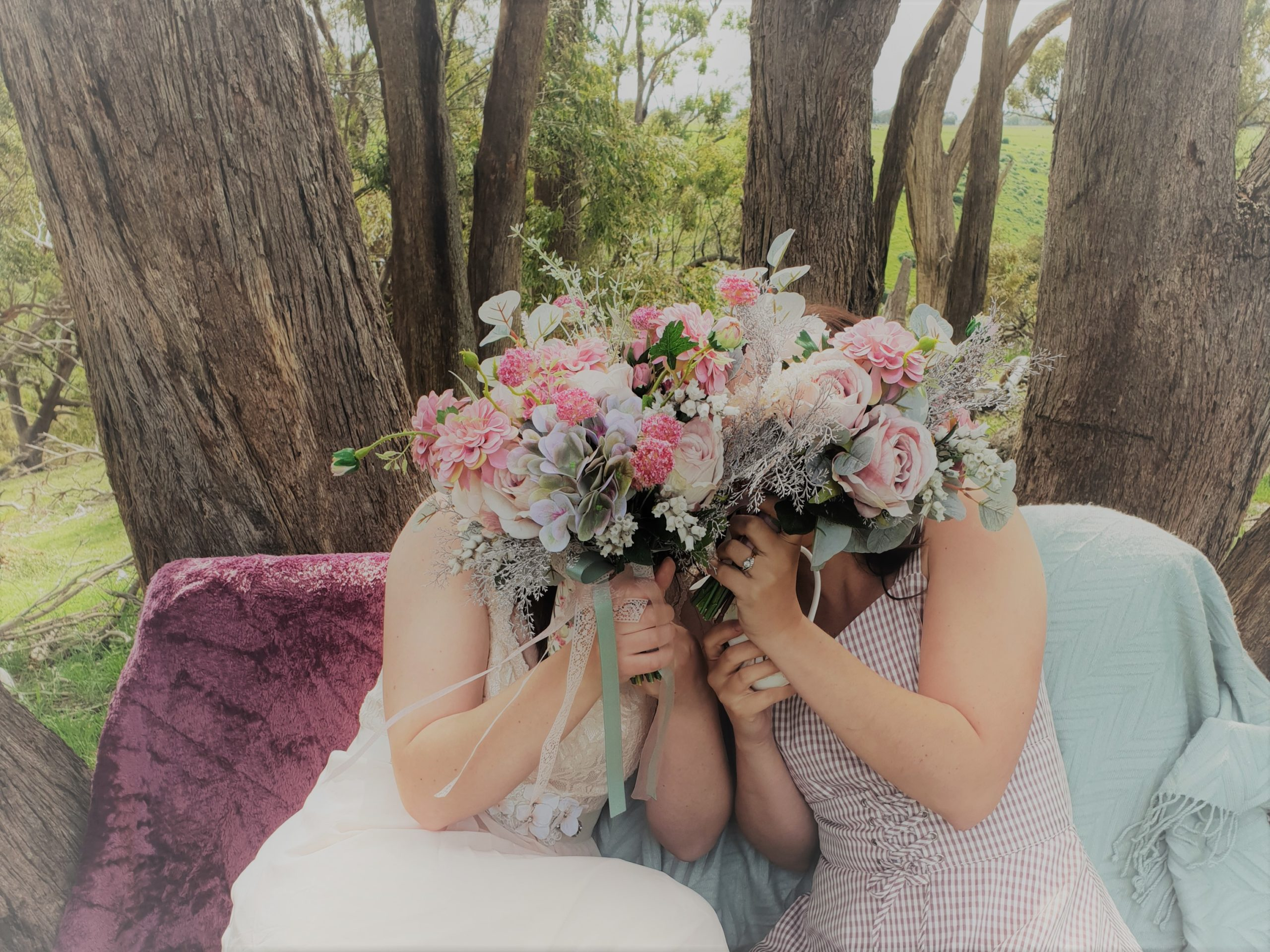 Artificial wedding flowers, silk bridal bouquets and packages made in melbourne by Flowers For Ever After, fake flower bouquets, centerpieces, boutonierres, corsages, garlands, arbours and more.